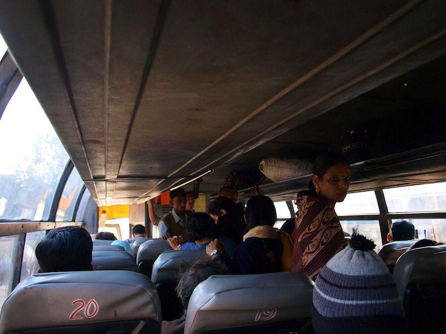 Viajar en autobus en India