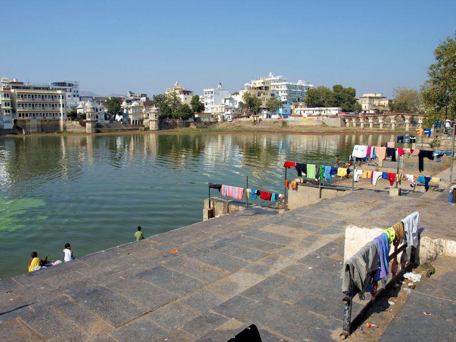 Atardecer Ghat lago Udaipur