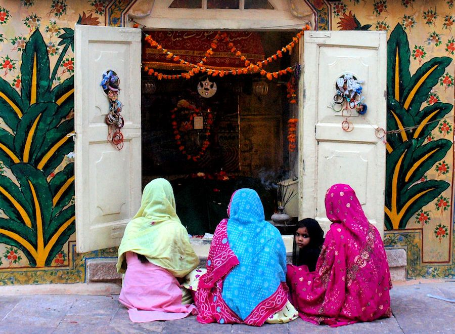 Women praying India