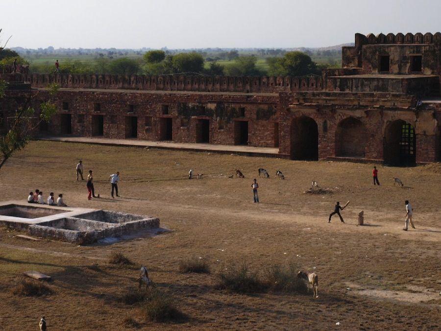 Niños de Fatehpur Sikri