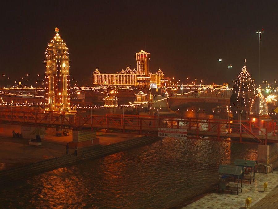Haridwar nocturna, India