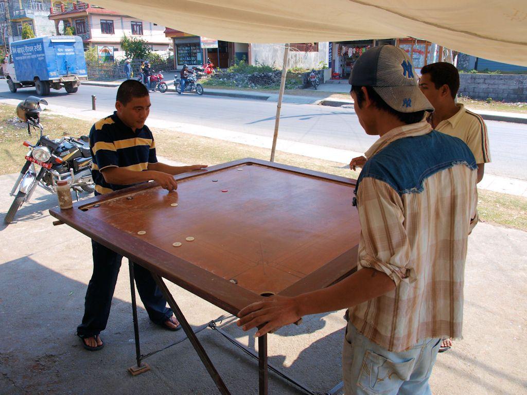 cultura de nepal, juegos, viaje