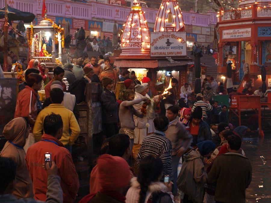 Ghat de Haridwar, puja, India