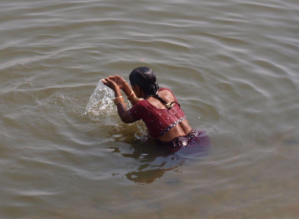 Varanasi abluciones ganges rio sagrado