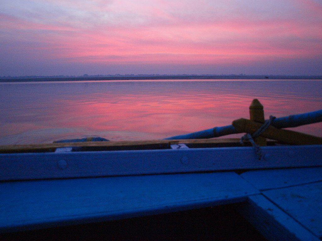 varanasi amanecer barca india viaje