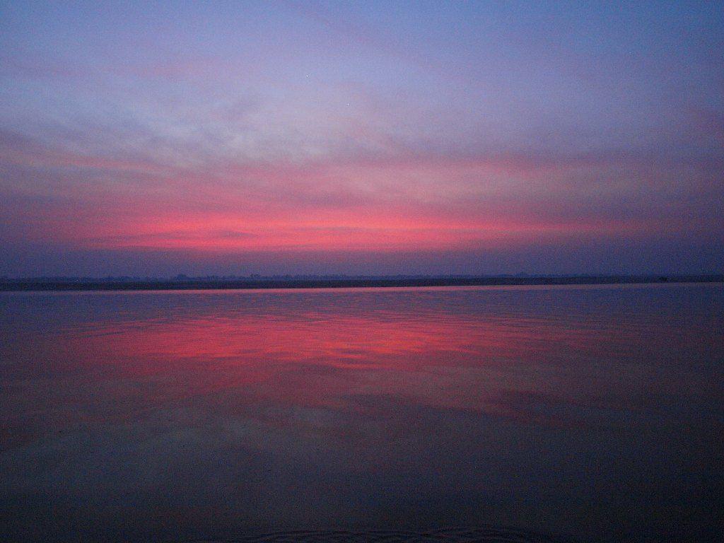 Varanasi barca amanecer rio ganges india