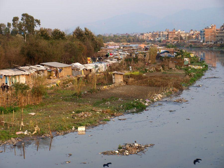 pobreza contaminacion rio nepal