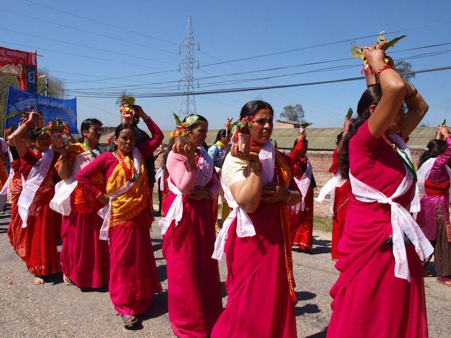 viaje a Nepal, religión, mujeres