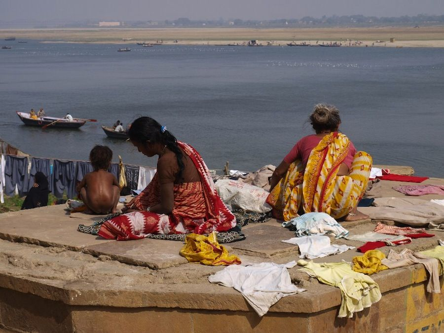 Ganges, ghat, mujeres, indias, viaje, escenas