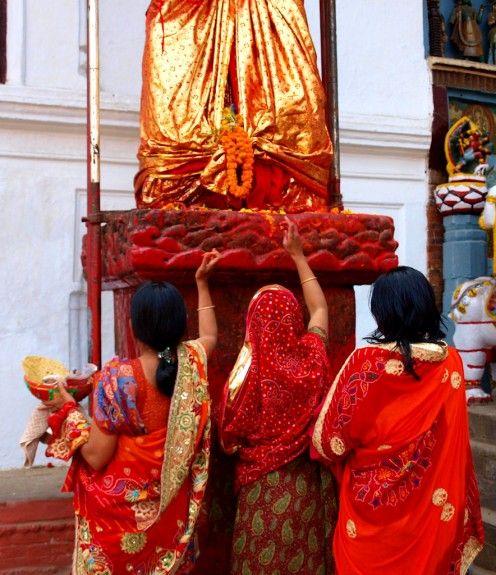 ofrendas festival holi
