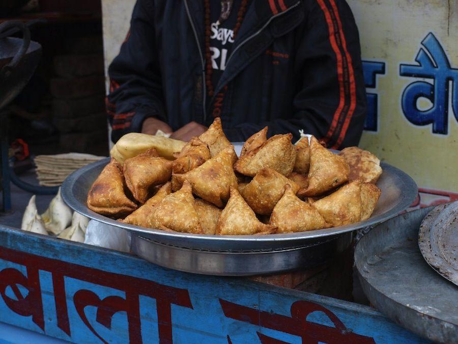 comida callejera, barato, India, platillos,