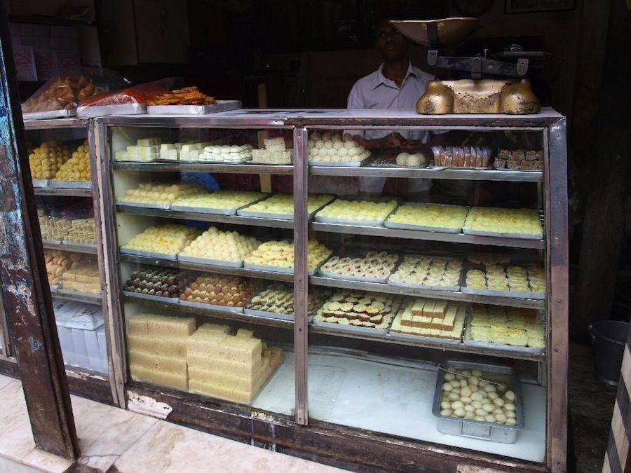 dulces, mithai, postres, India, barato, callejero, mochileros