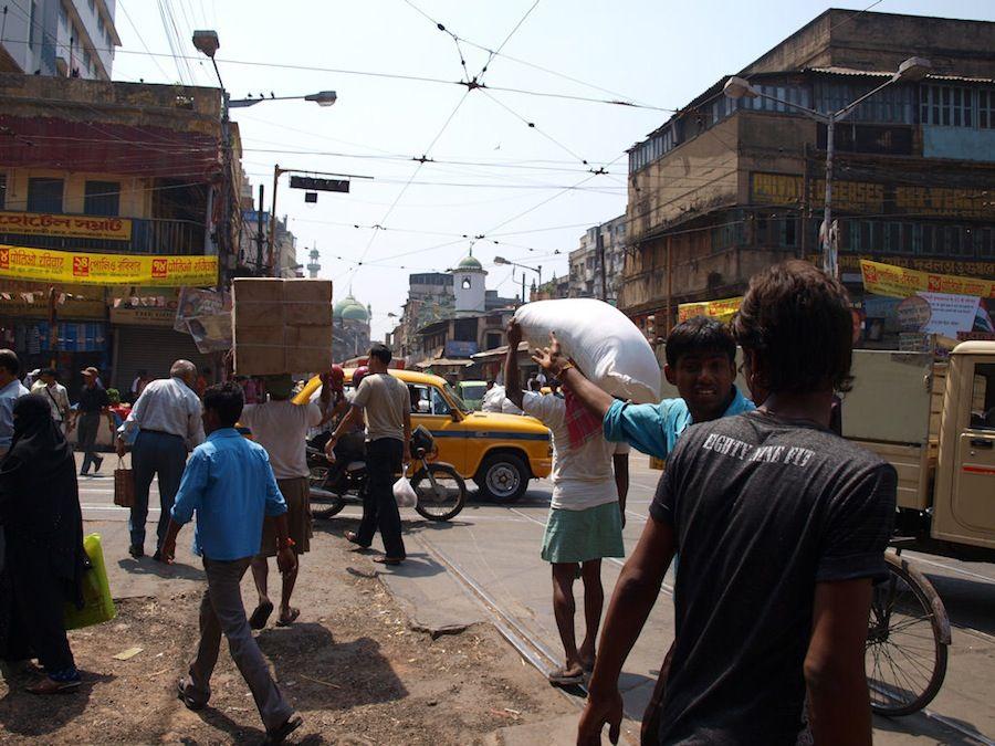 Calcuta, que ver, India, capital, trafico, coches, atasco