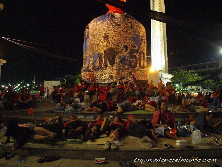 bangkok-monumento-democracia-protestas