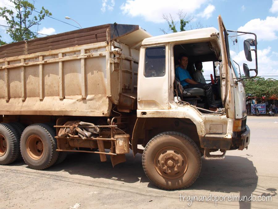 autostop, camboya, transporte, barato, viajar en camboya