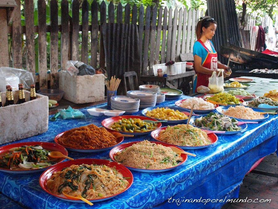 luang-prabang-comer-mercado-buffet
