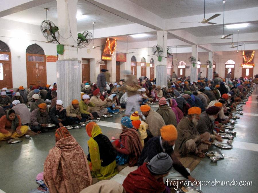 viajar a la india, comer gratis, barato, mochilero