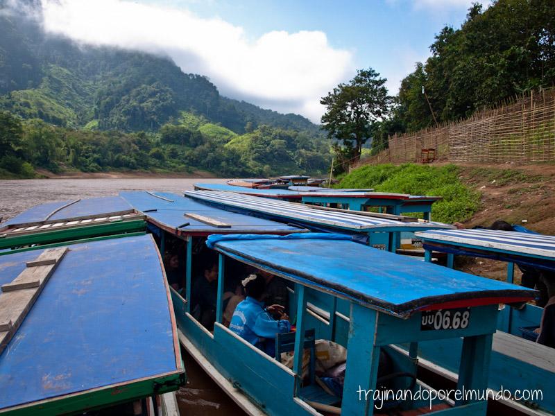 que hacer en luang prabang, cuevas, budas, estatuas, excursion, laos, viaje