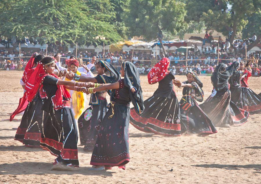 Bailarinas Pushkar desierto