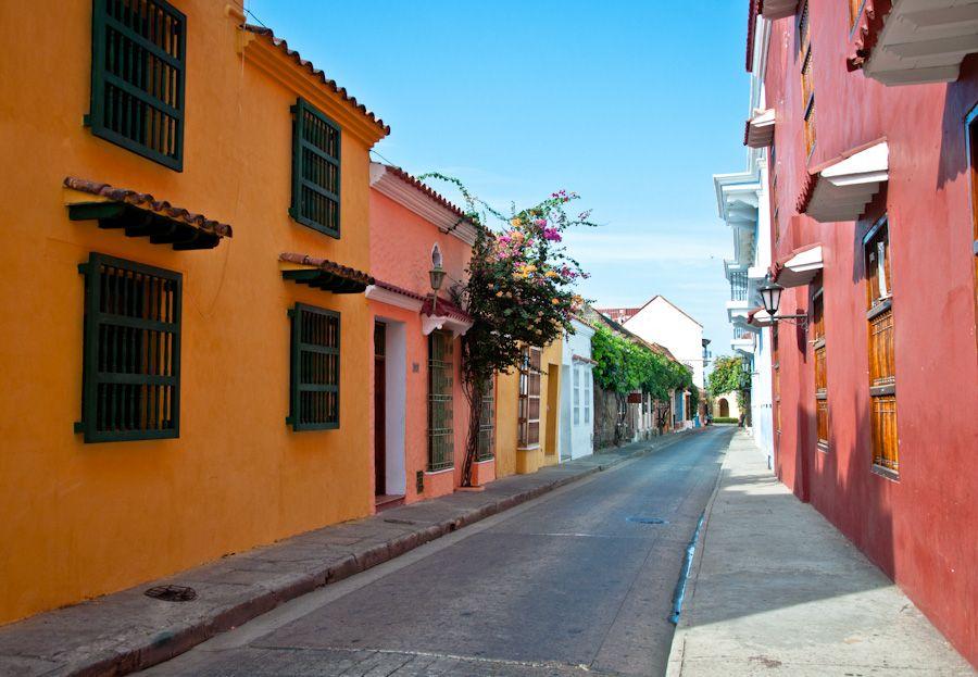 Calles de la ciudad colonial Colombia