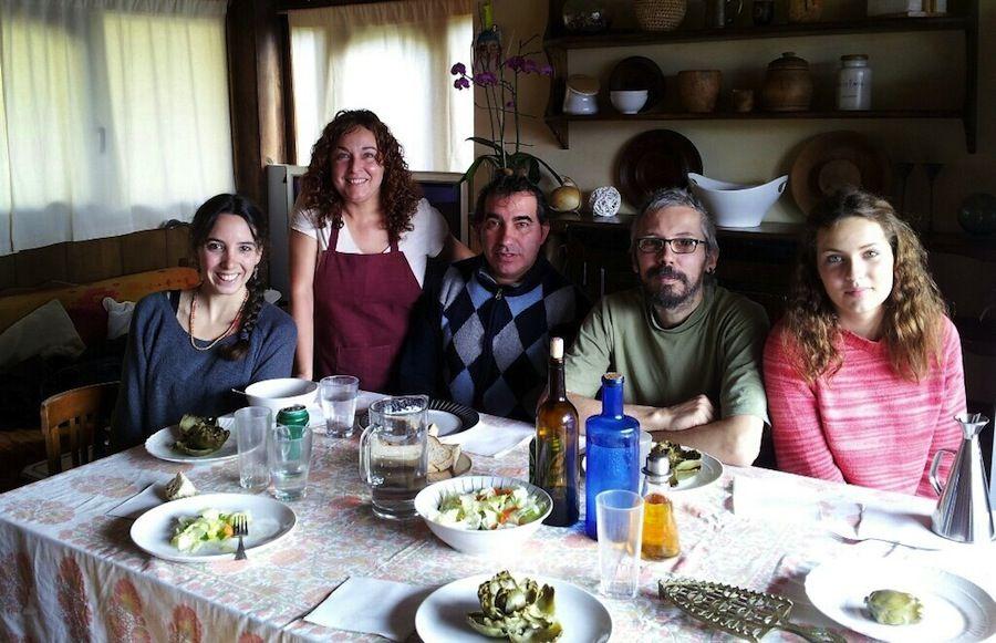 Comiendo en casa de Maria y Juan Carlos