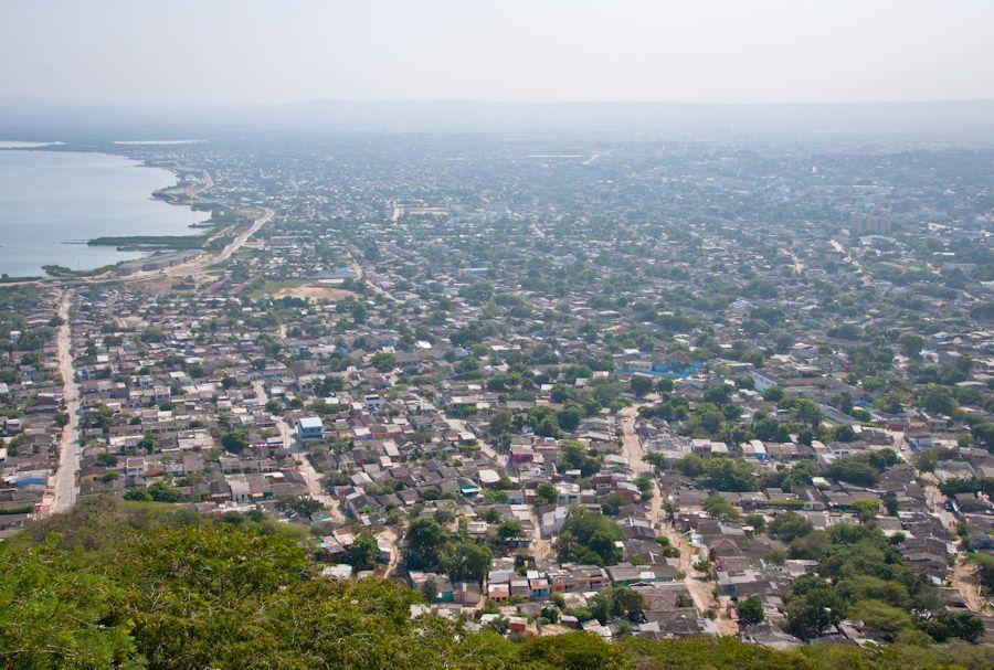 Mar de chabolas Cartagena de Indias