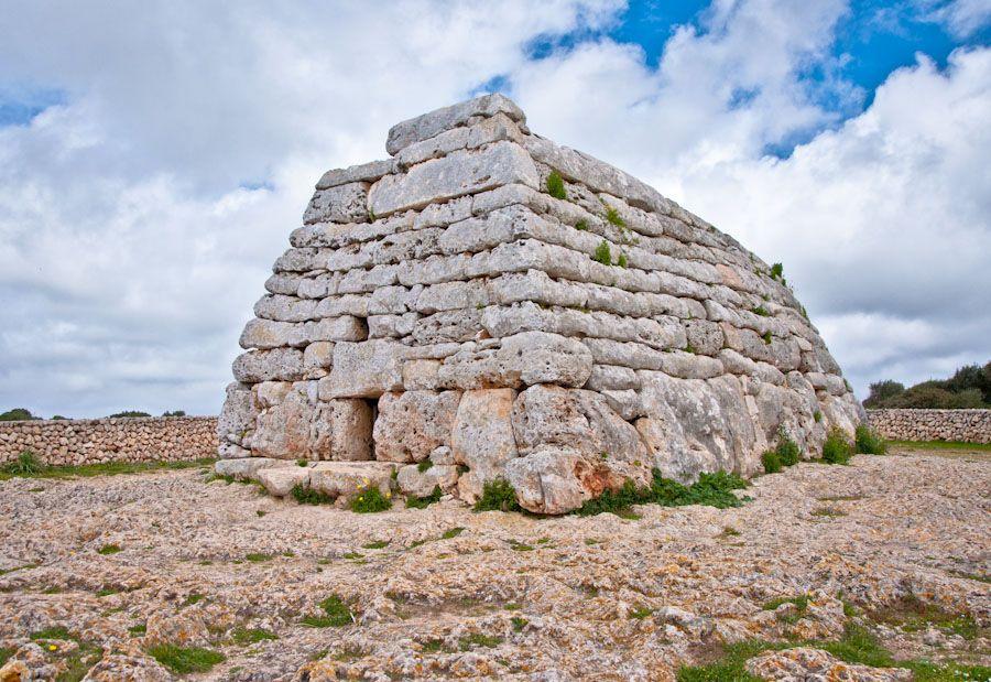 arqueología en menorca, cultura talayótica