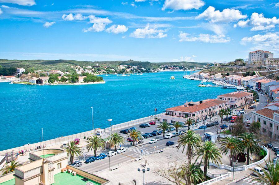 puerto natural más grande del Mediterraneo