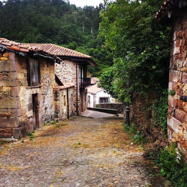 Cantabria rural, pueblos, Cabuerniga, montaña, escapada
