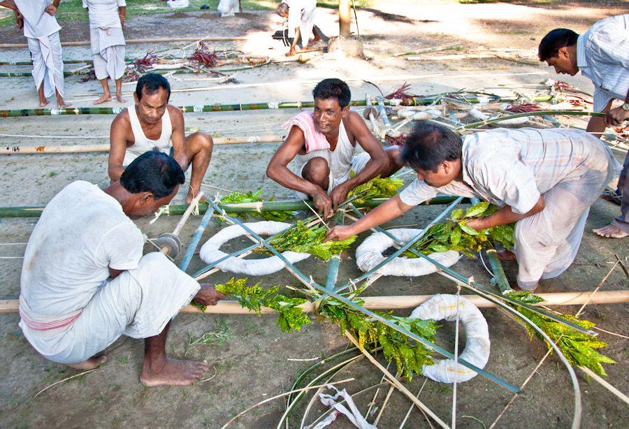 India, Assam, Bihu, celebraciones, Majuli, satra