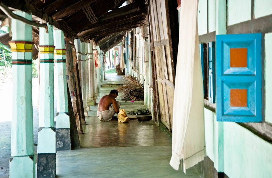 India, assam, satras, monasterios, monjes, siete hermanas