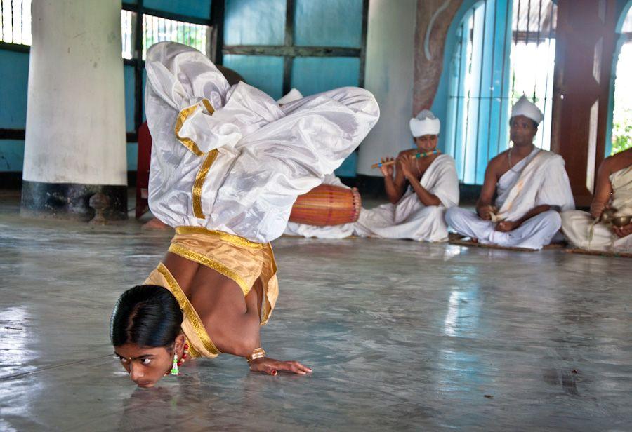 satra, majuli, monasterio, bailes, india, assam, siete hermanas