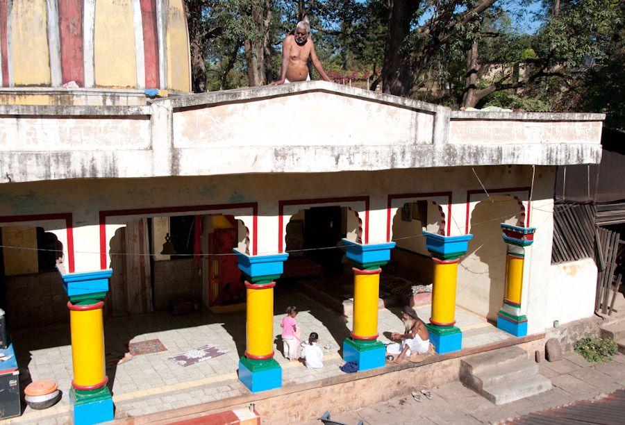 viaje, India, ashram, dormir, alojamiento,