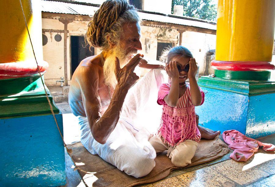 ashram, baba, sadhu, nina, juegos
