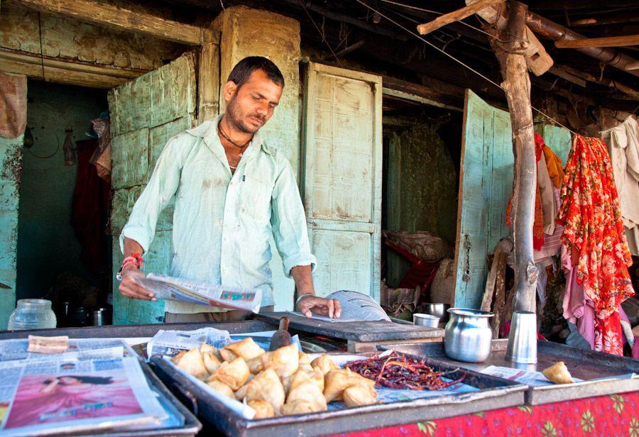 viaje, India, comida, samosas, desayuno