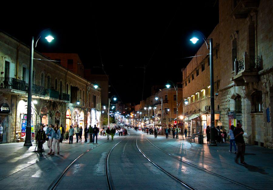 noche, Jerusalen, donde comer, donde comprar, calle comercial,