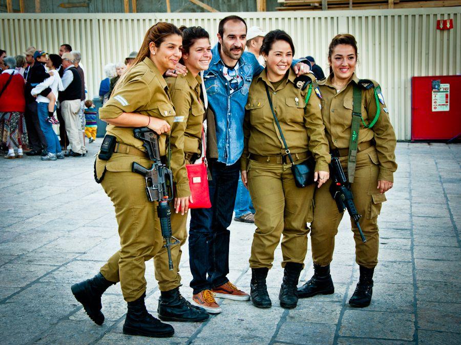 Jerusalen, muro de las lamentaciones, ejercito, turistas
