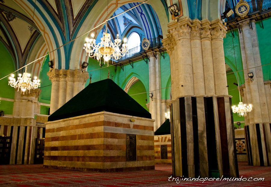 Tumba, patriarcas, masacre, musulman