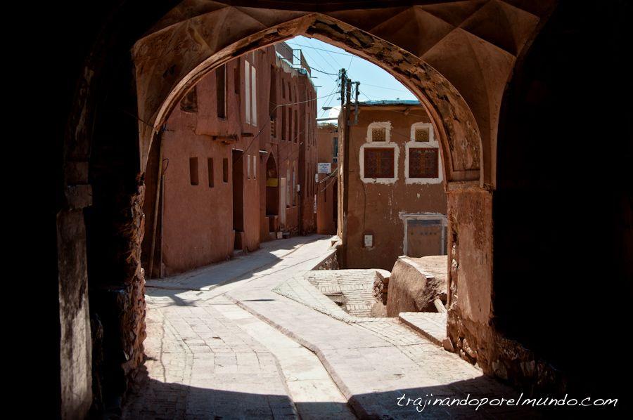 abyaneh, iran, rural, adobe, pueblo tipico