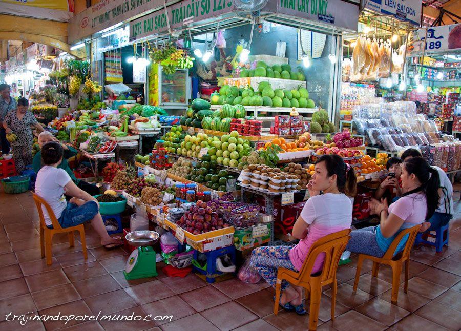 tienda-fruta-mercado-ben-thanh