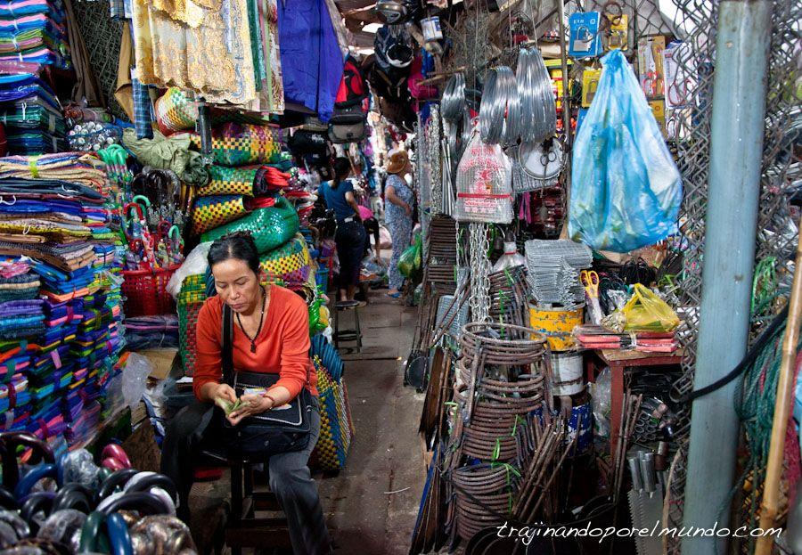 Mercado-Dong-Ba-Hue-Vietnam