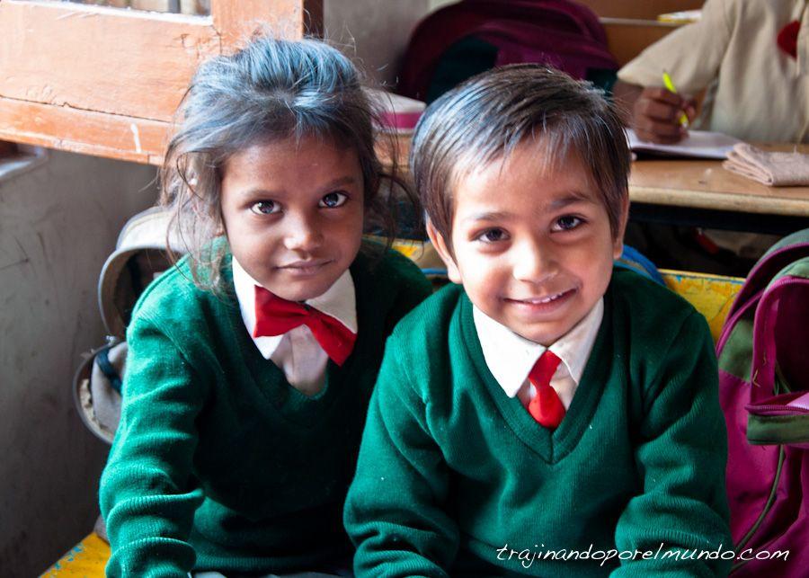 India, Varanasi, escolarizacion, educacion, ONG