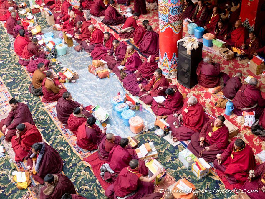china, oracion, budismo, que ver en sichuan