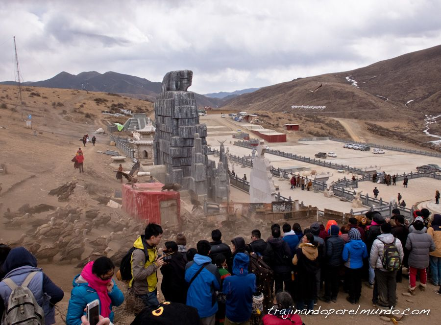 sky burial, entierro celestial, tibet, china, sichuan