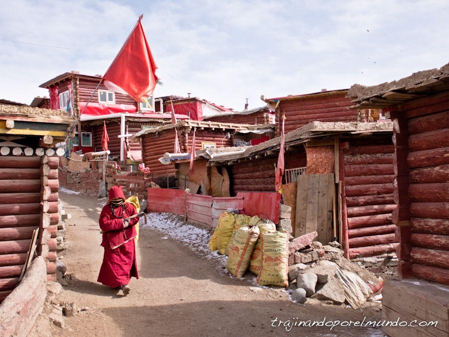 larung gar, pueblos tibetanos, china, budismo