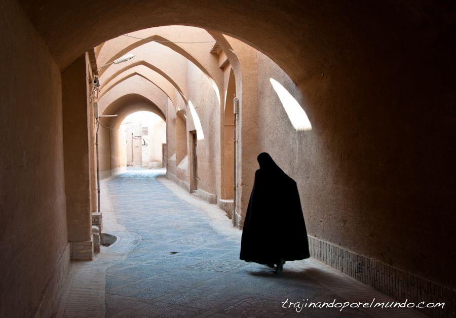 viaje a Iran, mujeres, viajar sola, seguridad, verano
