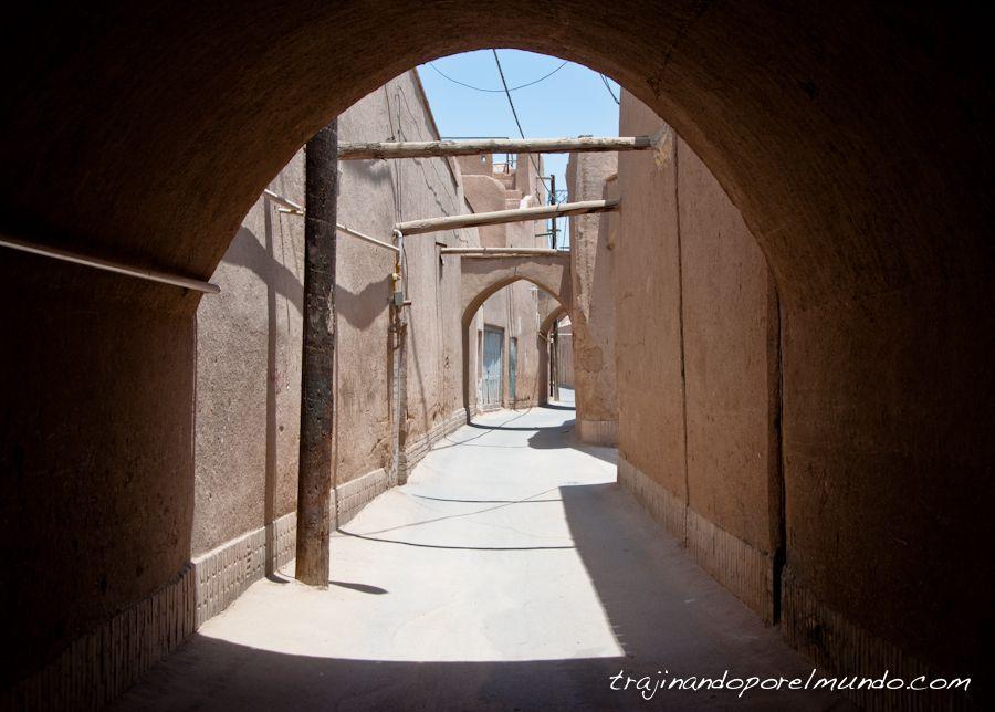 viaje a Iran, soledad, claustrofobia, calor, verano, calles vacias