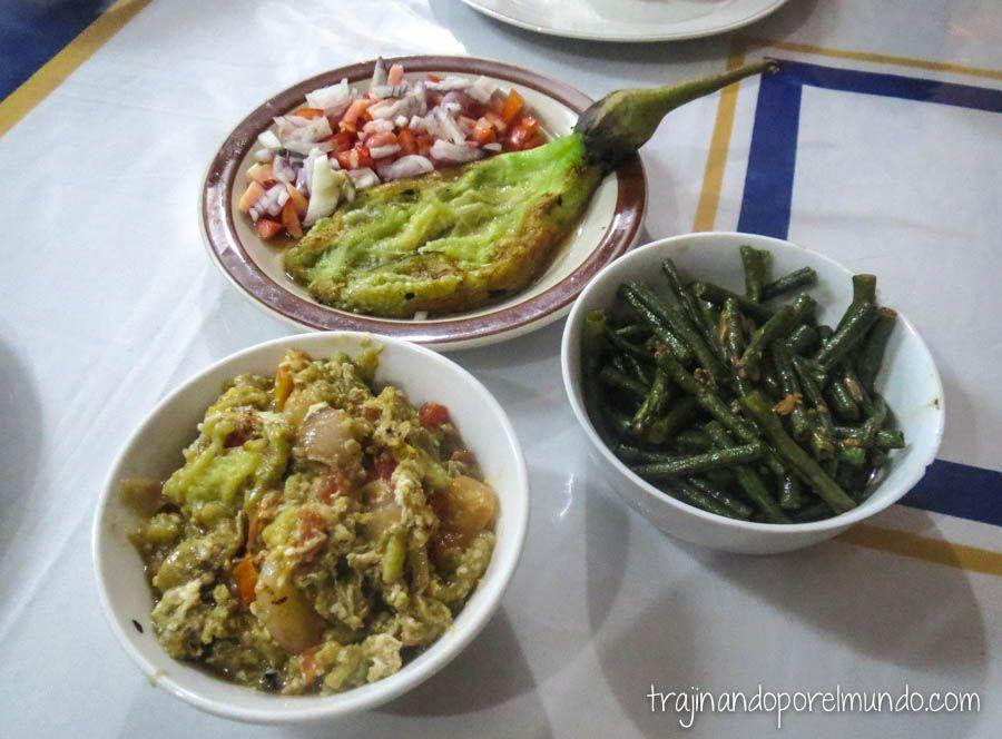 viaje a filipinas, berenjena, ensalada, vegetariano, donde comer, barato