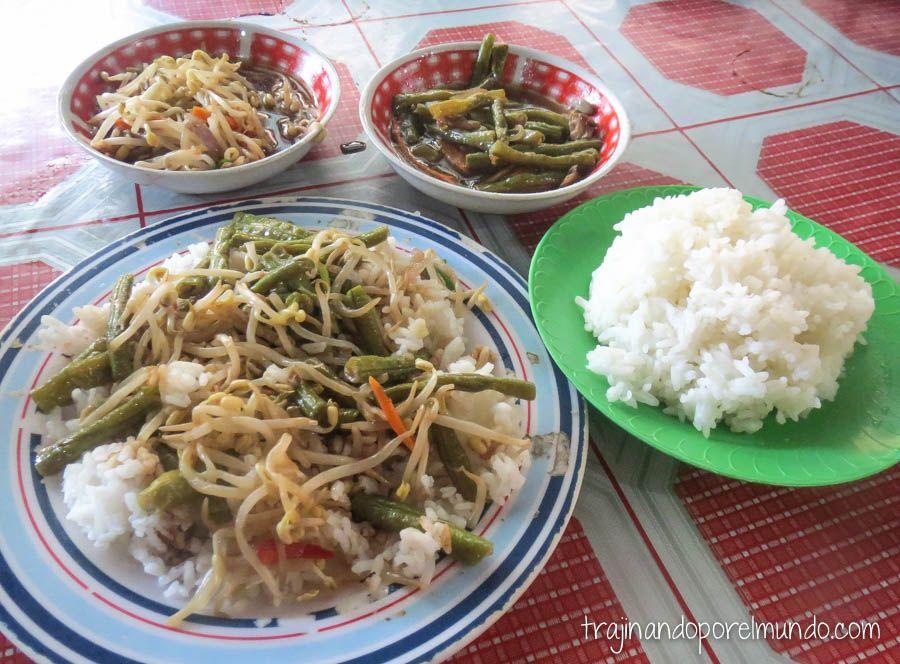 viaje a filipinas, vegetariana, arroz con verduras, restaurante