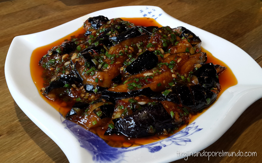Comida china vegetariana: berenjenas con pimienta sichuanesa